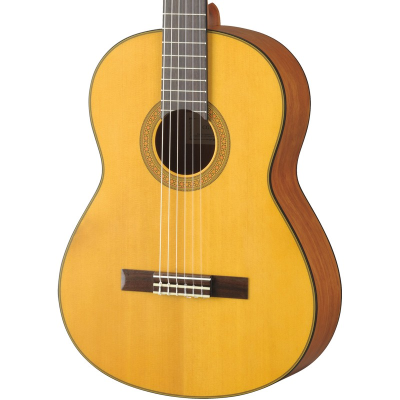 Achat guitare classique yamaha table epic a cg122ms for Table yamaha